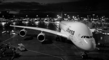 Dlaczego samoloty nie latają w nocy?