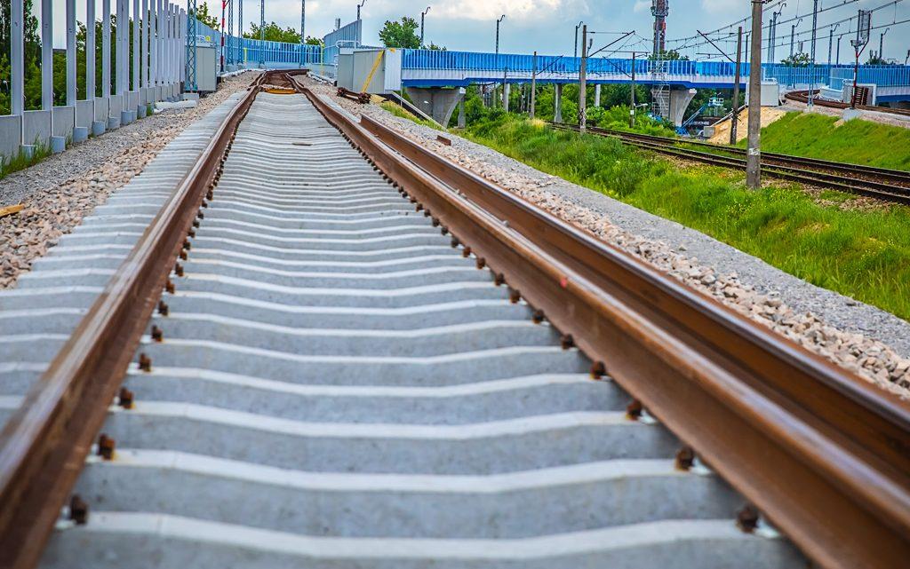 Polskie Linie Kolejowe poprawią dojazd do portów